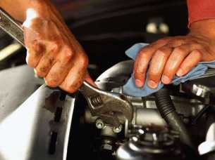 car mechanic Tullamarine